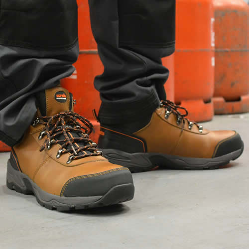 for whole family fashion well known Scruffs,ASSAULTBR,Assault Safety Boot - Brown