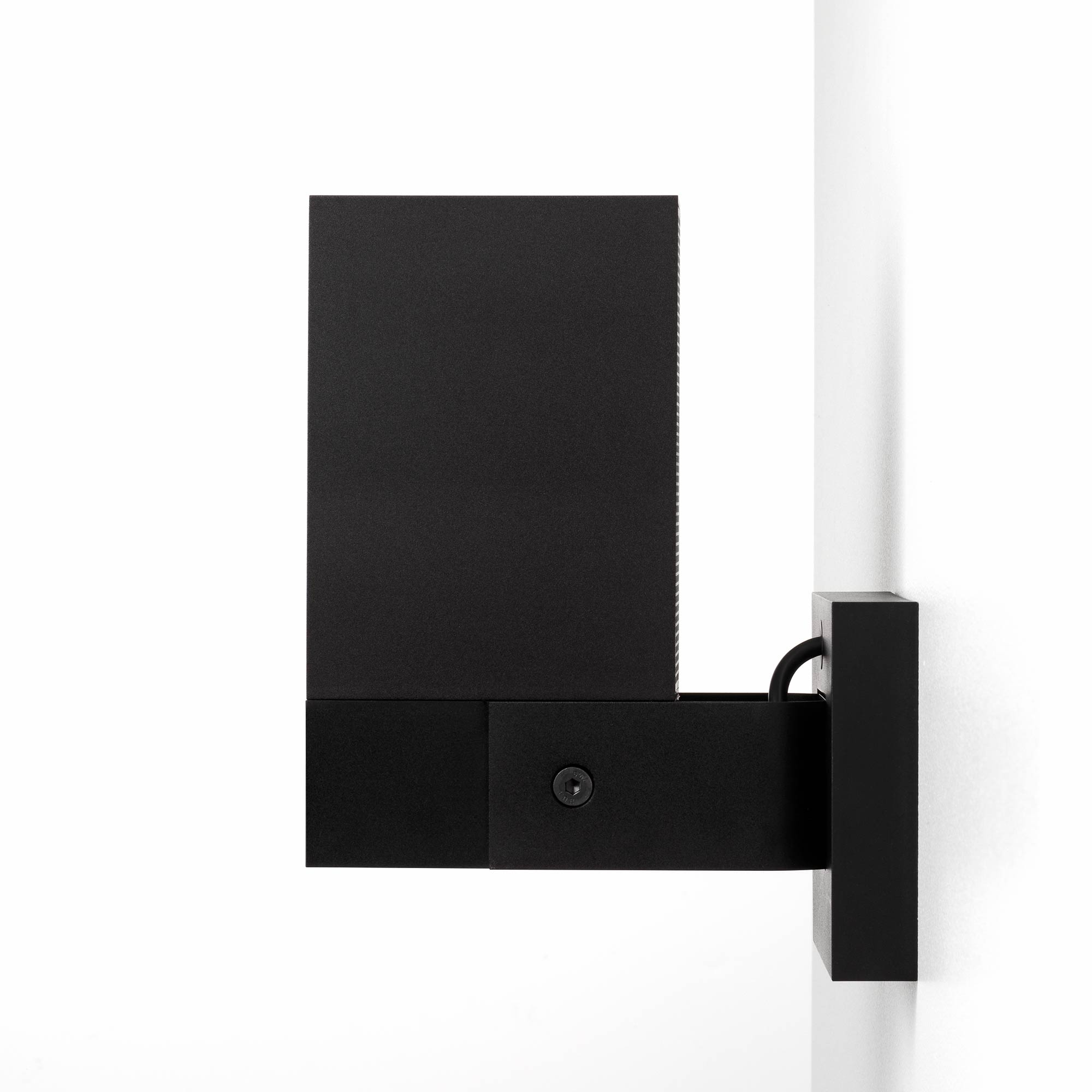 netatmo noc01 eu netatmo noc01 eu presence outdoor security camera. Black Bedroom Furniture Sets. Home Design Ideas