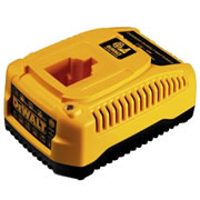 Dewalt DE9135 Dewalt DE9135 18V Ni-MH - Ni-CD Battery Charger (40 Minute)