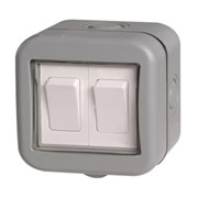 BG WPB42-01 BG Weatherproof IP55 10A 2 Gang Switch