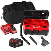 Milwaukee VC2ITS 18v M18 Wet/Dry Vacuum Cleaner with 1 x 4Ah Battery, Charger and Bag