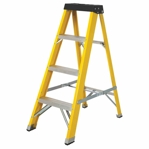 Vaunt 16030 4 Tread Fiberglass 1.11m Step Ladder
